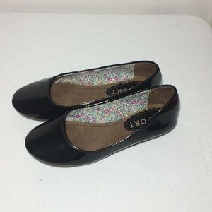 Other - Report Footwear Girls Patent Leather Flats